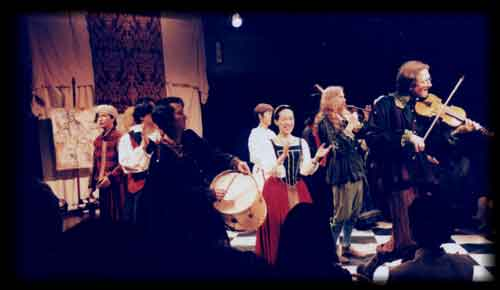 Grego on psaltery and tabor pipe,               Renaisance music and dance with Capriol, Tokyo